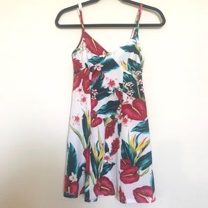 Show Me Your Mumu Floral Tunic Tank Size XS
